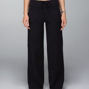 Lululemon Still Pant black wide leg drawstring 4/6